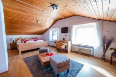 MM-Ferienwohnungen-Mittenwald_Geigenbauer_29.jpg